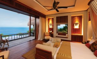 Panoramic View Of The Ocean From Villa Bedroom