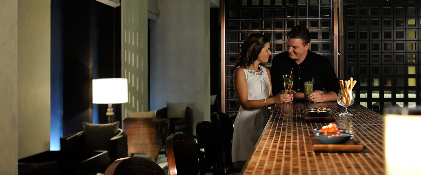 Couple In The Hytes Bar At Southern Sun Abu Dhabi