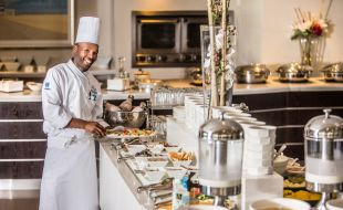 Celebrate Family With Cape Town Sunday Lunch Buffet